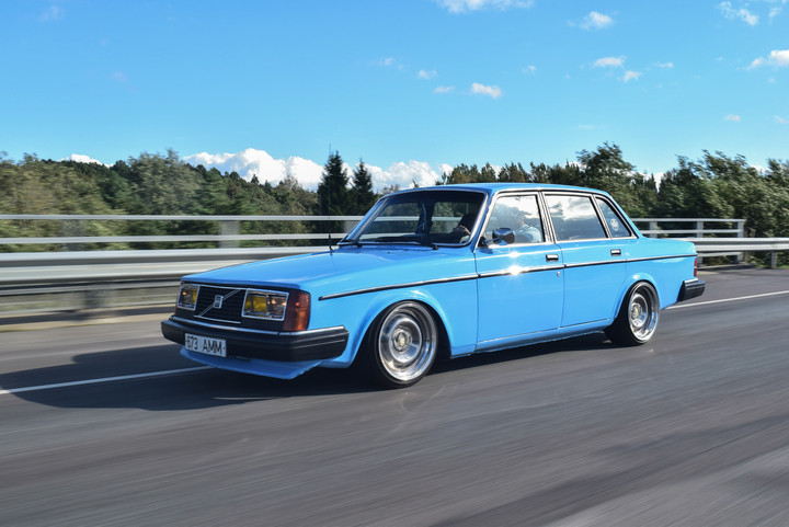 Ollu: Volvo 240 B230FT 0110434395d37b2
