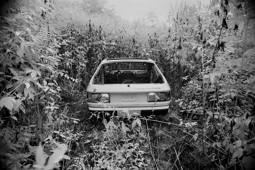 Photos de Porsche à restaurer - Page 2 Porsche_924_mount_moriah_cemetery