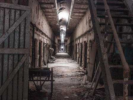5 Mysteries, Haunted Locations & Paranormal Stories From Our Viewers Hometowns The-5-creepiest-historic-haunted-places-in-america