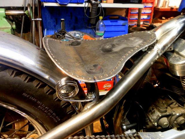 Harley Davidson Sportster 1990, bobber - Page 2 Orig_28456169_Xn2i