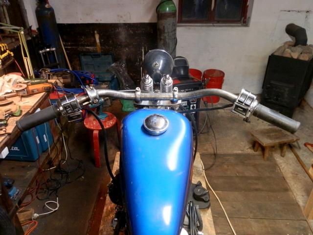 Harley Davidson Sportster 1990, bobber - Page 2 Orig_28456173_dlXD