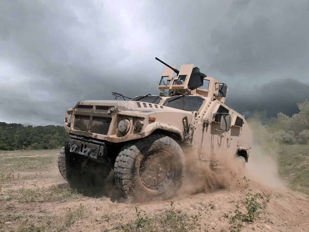 les futurs Humvee peut étre ??????? Am-general