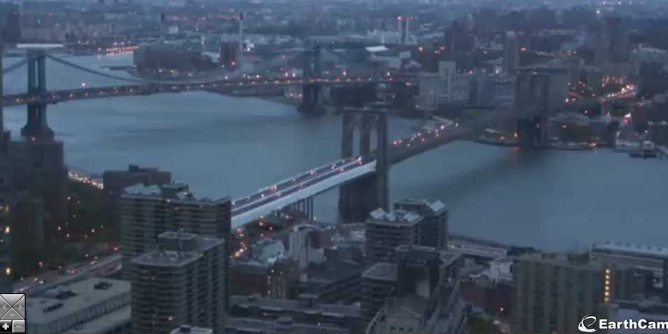 Watch Hurricane Sandy Live From Every Corner Of New York! Brooklyn-bridge