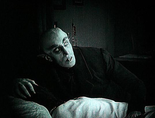 Retrouver les films très anciens: Nosferatu Nosferatu_4