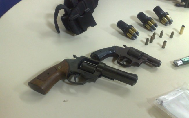Photo's of mass murderer's weapons - Page 2 2ket916wmh08xjzxluluvplsv