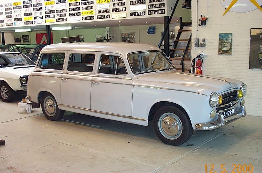 El coche con el morro mas grande del mundo 132772-95661