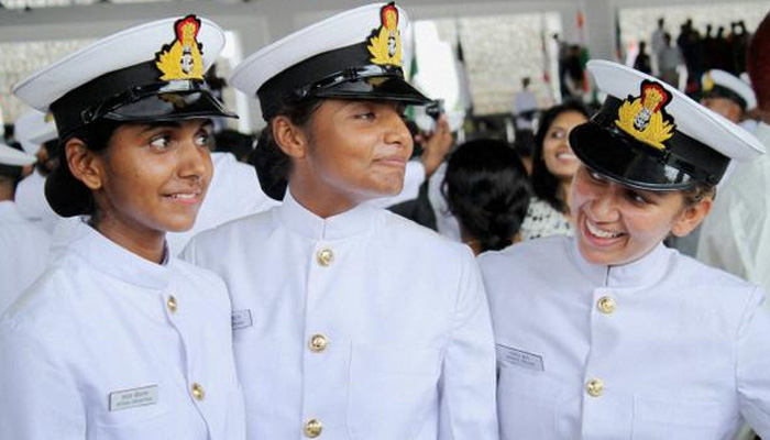 FIL INFO INDE - Page 9 397808-indiannavywomenofficers