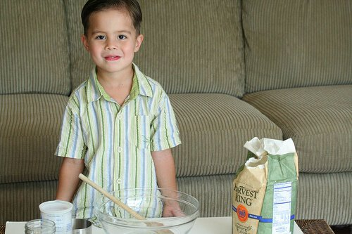 No Knead Bread: so easy a 4-yr old can make it! No-knead-bread1