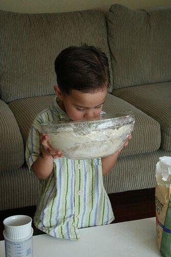 No Knead Bread: so easy a 4-yr old can make it! No-knead-bread8