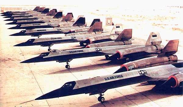 عملاق صناعة السلاح الأمريكية Lockheed Martin  Lockheed-A-12-Oxcarts