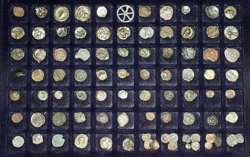 Malette métallique avec plateaux pour monnaies ... Plateau