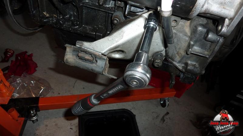 Entretien préventif moteur J8S 800  (CJ7 2.1L Diesel ATMO) P1080647