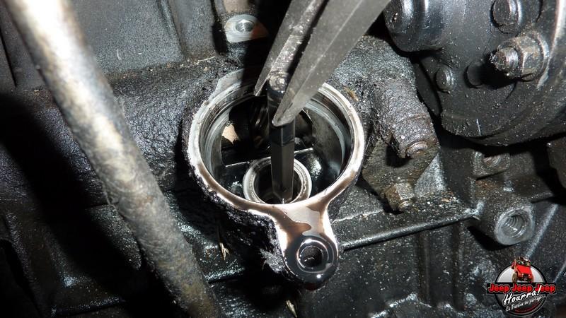 Entretien préventif moteur J8S 800  (CJ7 2.1L Diesel ATMO) P1080664