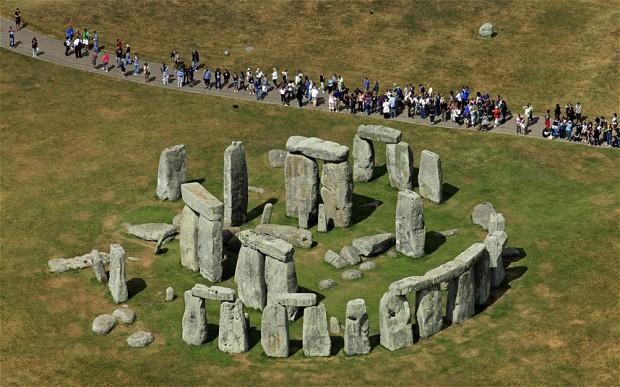 STONEHENGE 1-telegraph-stonehenge