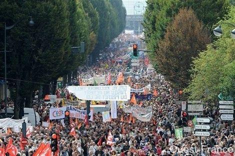 Retraites : Grèves et manifestations 56817048