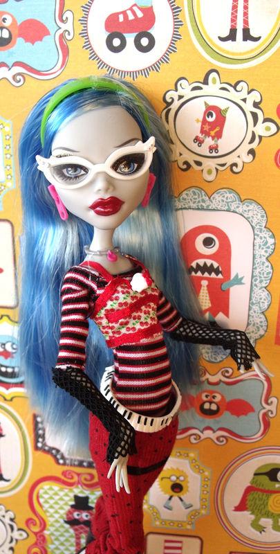 Monster High ---> Forbidden Romance p.5 - Page 2 61823812