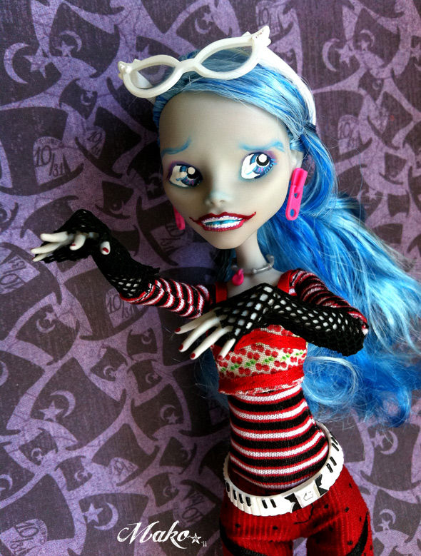 Monster High ---> Forbidden Romance p.5 - Page 3 68543459