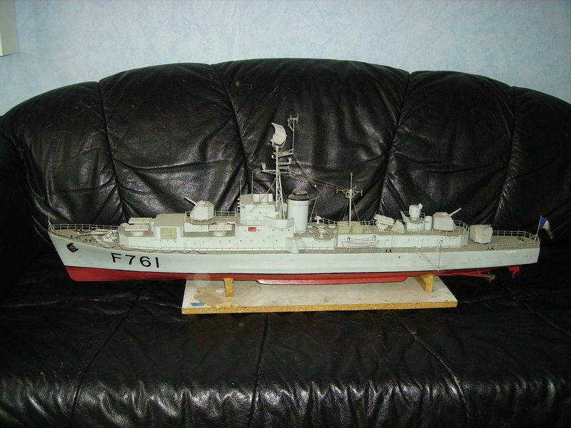 Bonjour à tous les marins modélistes je suis zorglub 57923485