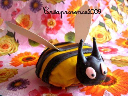 abeille et ruche 35047998_p