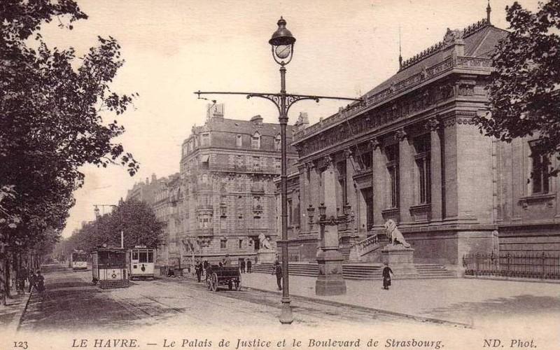 Photos historiques du réseau havrais (bus, tram, funi...) - Page 2 15547487