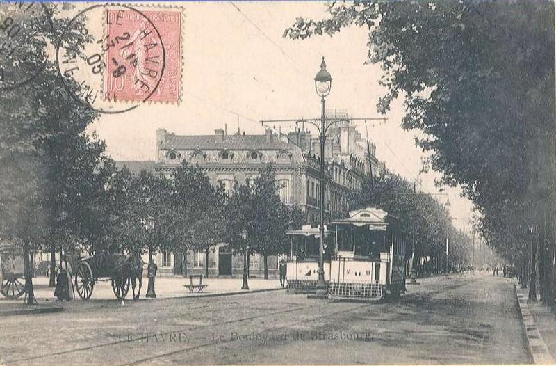 Photos historiques du réseau havrais (bus, tram, funi...) - Page 2 15422342