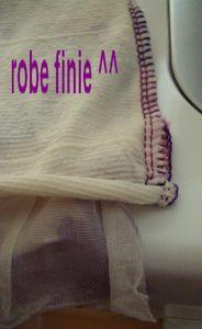 Coudre une robe avec un tissu à volants 77047883_p