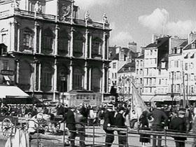 VIDEO : Tramways et bus en 1935 6949364_p