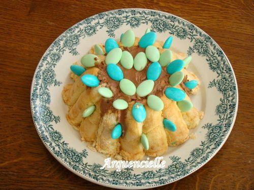gâteau avec des coeurs 42868928_m