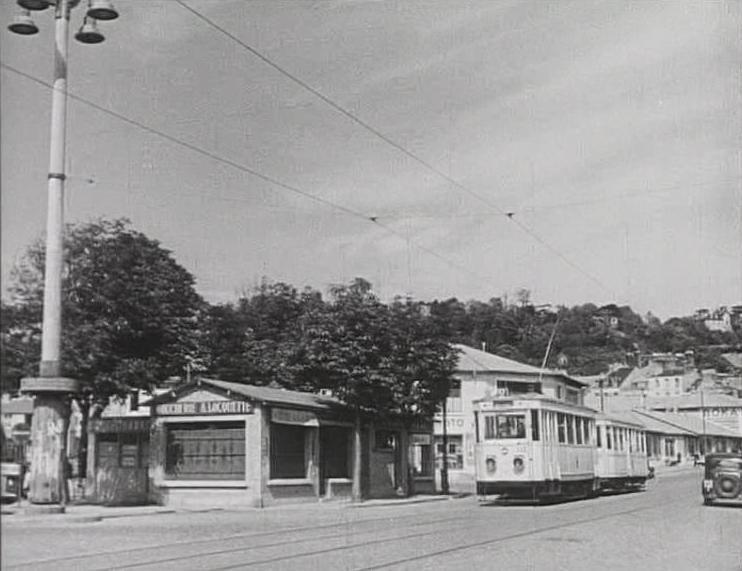 Photos historiques du réseau havrais (bus, tram, funi...) - Page 5 45545483