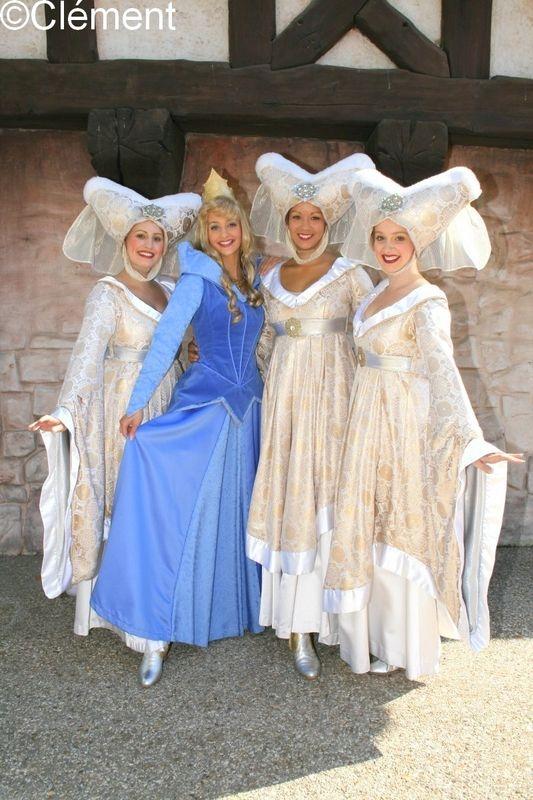 Le règlement de visite de Disneyland Paris - Page 5 52022177