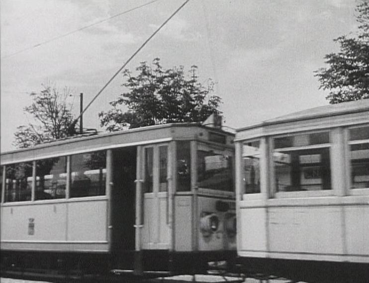 Photos historiques du réseau havrais (bus, tram, funi...) - Page 5 45545540