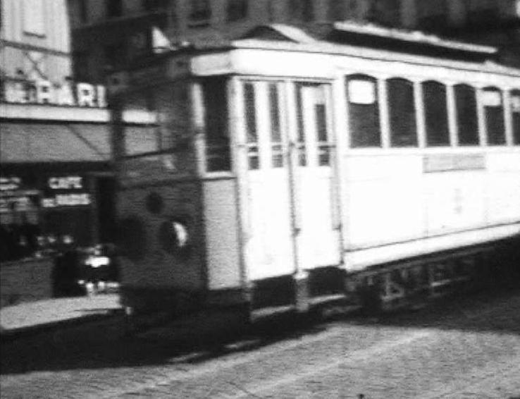 Photos historiques du réseau havrais (bus, tram, funi...) - Page 6 52370753