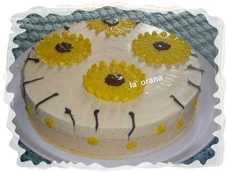 Mousse bavarois avec du caramel 55170915_p