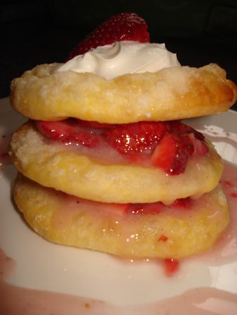 rapide - Millefeuilles aux fraises très très rapide... 24911030_p