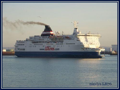 Un nouveau service transmanche au Havre - Page 4 64294669
