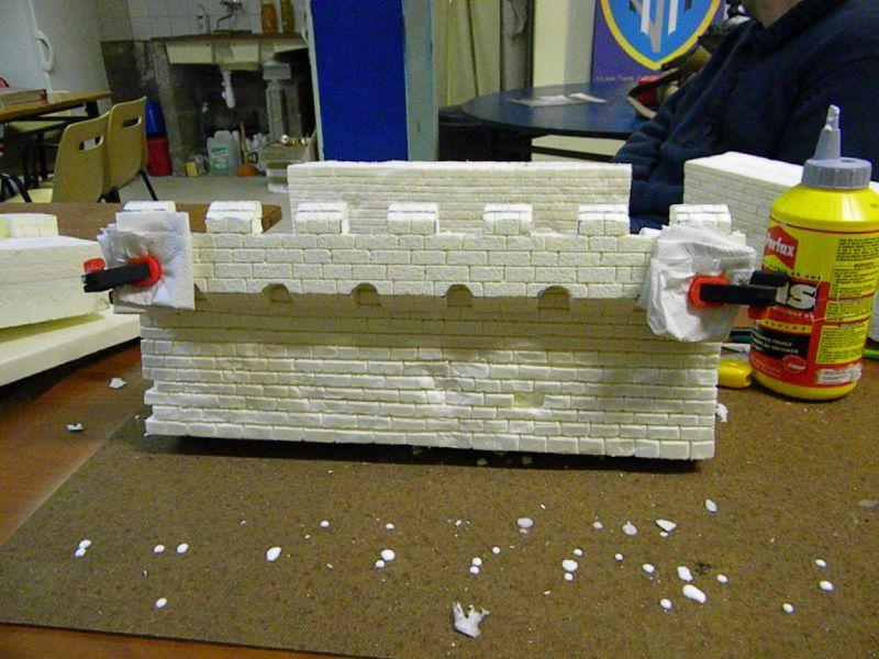 Construire une forteresse 71675698