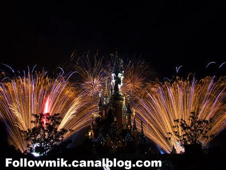 Vos photos des feux d'artifice et show nocturne ! 30354408_p