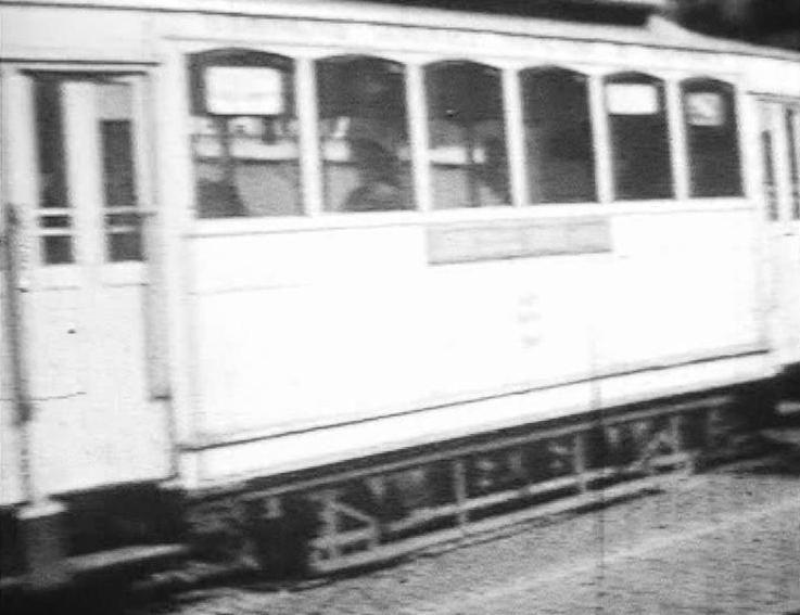 Photos historiques du réseau havrais (bus, tram, funi...) - Page 6 52370791