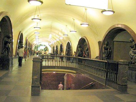Metro 2033 64362498_p