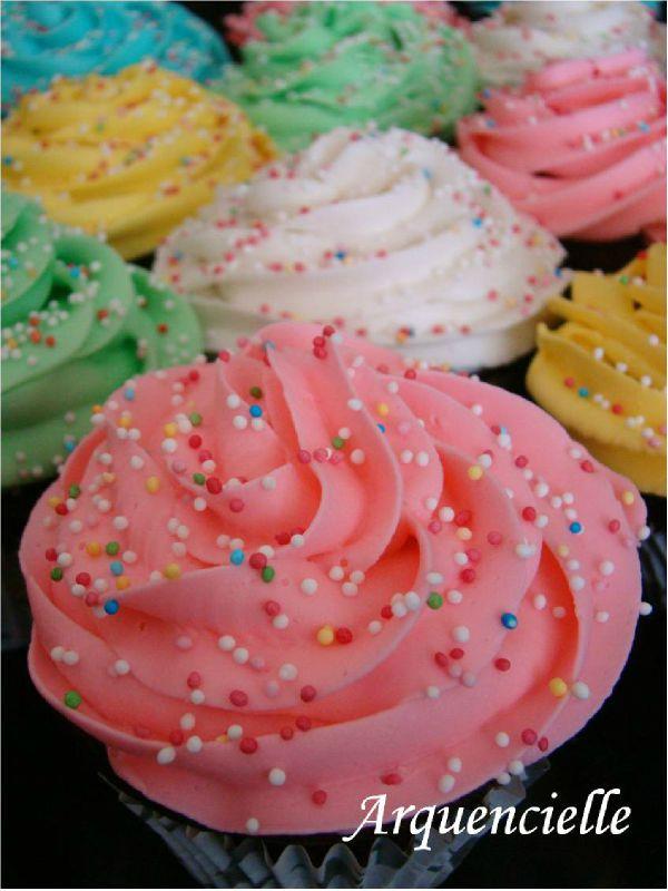 Cupcakes : recettes et décors simples - Page 5 74224513