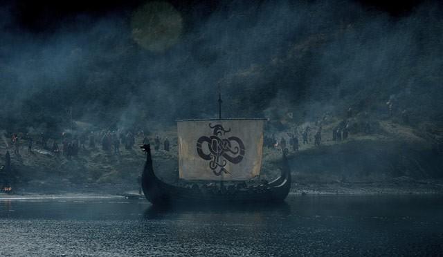 OUTLANDER ( Alien vs Vikings ) 16494216