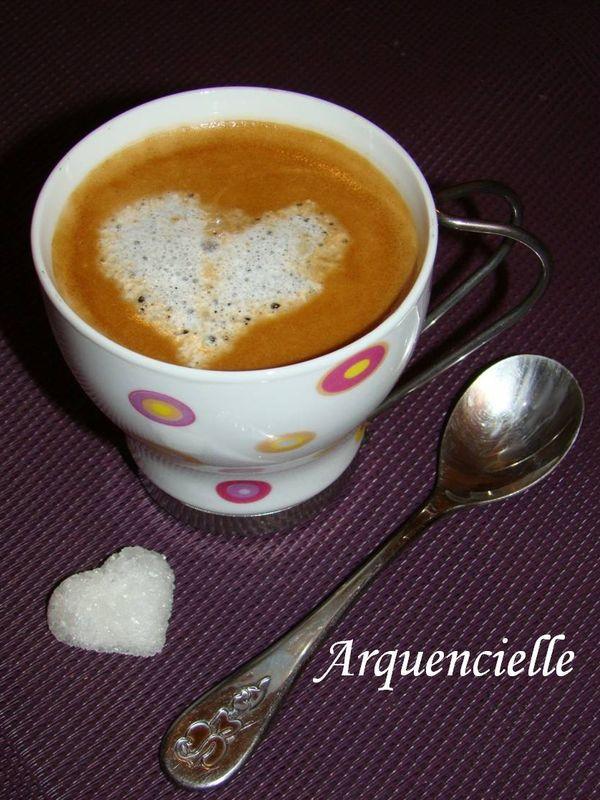 Latte Art ou Barista Pour tous les amateurs de café! - Page 2 73628085