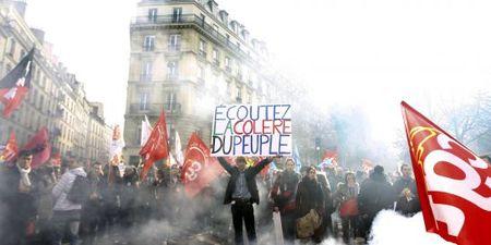 La révolte grecque, modèle pour les peuples européens - Page 3 58220366_p