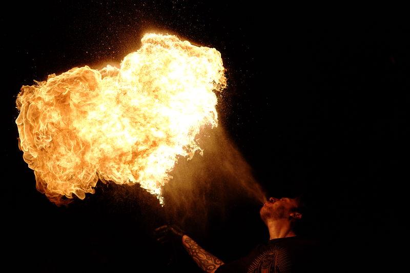 Photos cracheurs de feu - anniversaire 8 ans palais tokyo 21 janvier 2012 - Page 5 72145214