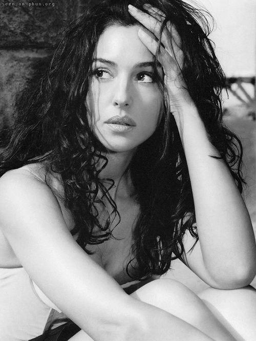 Monica Belucci  2