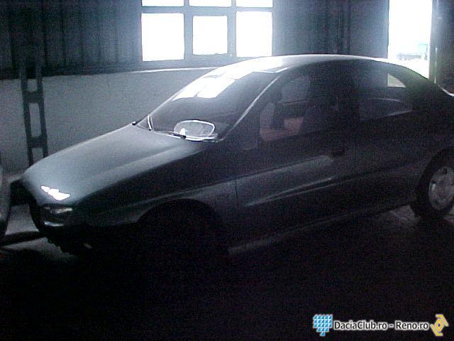 [Sujet officiel] Les voitures qui n'ont jamais vu le jour - Page 2 Dacia-d33-prototip-abandonat-2