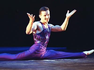 ¿Cuáles son las gimnastas mas bonitas? - Página 2 Urzica-marius43
