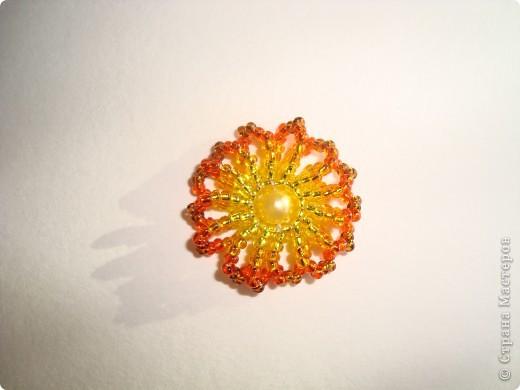Сердце из бисерных цветов Dsc02583