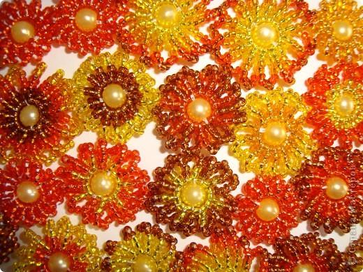 Сердце из бисерных цветов Dsc02616