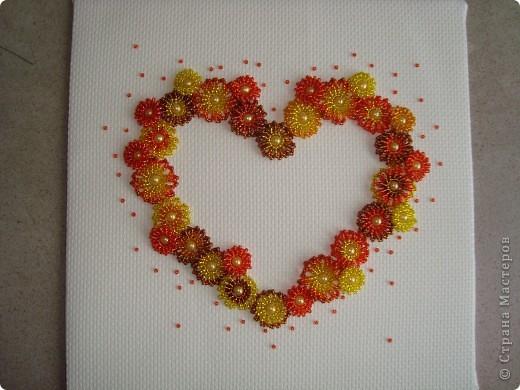 Сердце из бисерных цветов Dsc02636